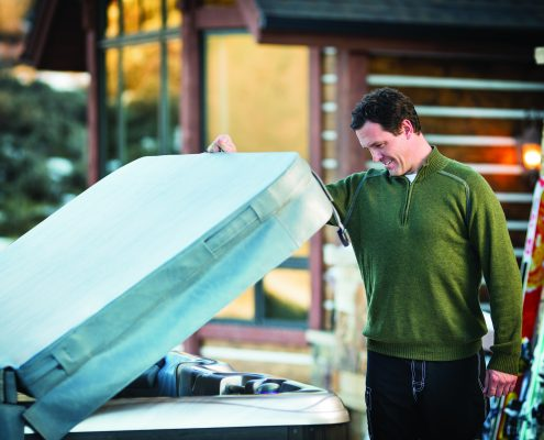 Is it time to replace your hot tub cover? Expert Advice from the Pros at Emerald Spa and Billiards - Grand Rapids, MI