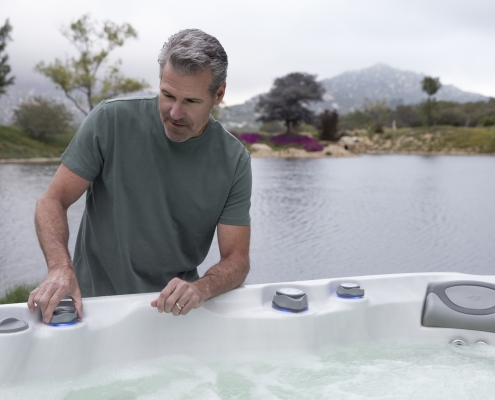 Hot Tub Water Filtration and Maintenance Tips from the Pros at Emerald Spa and Billiards of Grand Rapids, 49512