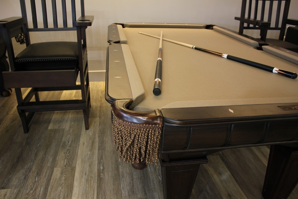Chairs for Game Rooms and Billiards Rooms - EmeraldGR.com